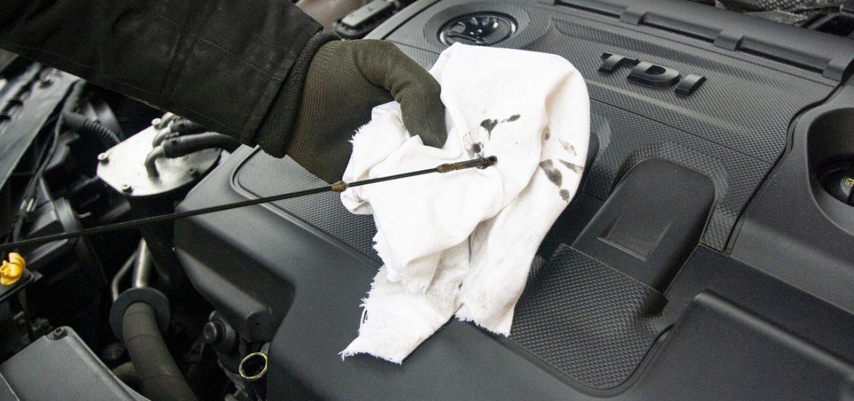 Comment choisir l'huile moteur pour sa voiture ?